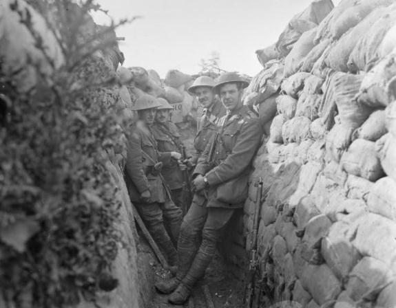 Battle-of-Albert.-Officers-of-the-Royal-Engineers-in-a-communication-trench.-1st-July-1916.